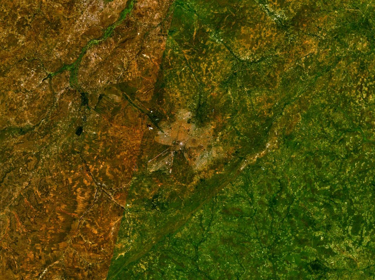 Bobo Dioulasso 4 29163w 11 18171n large map
